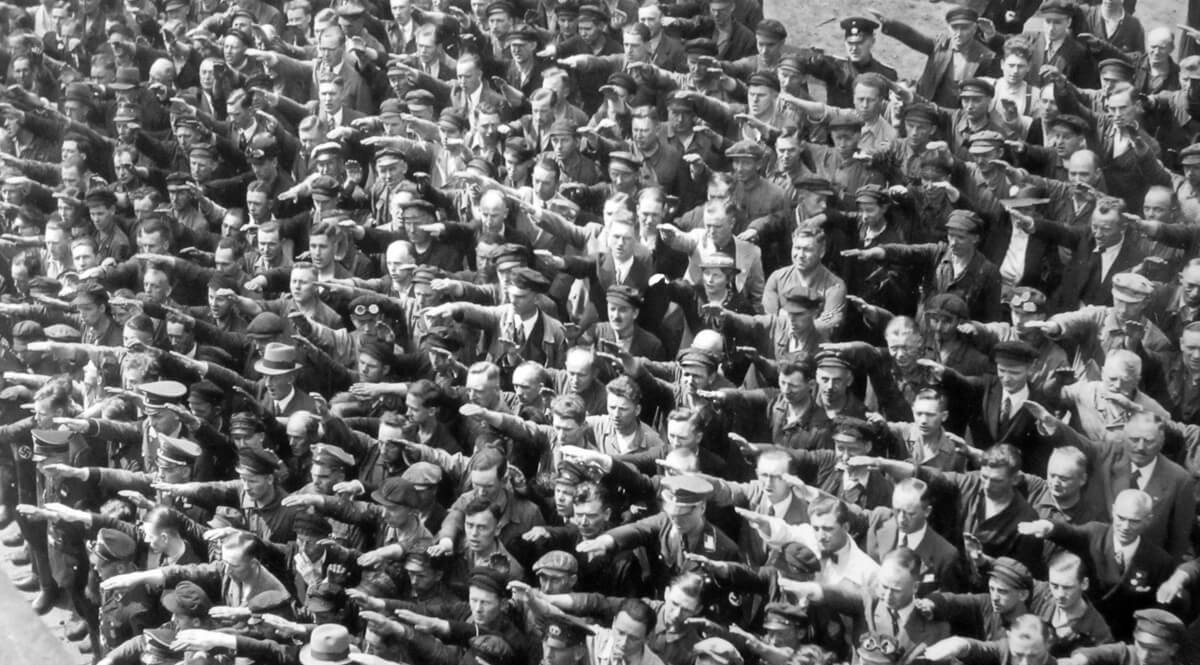Salutes at the Launch of the Horst Wessel