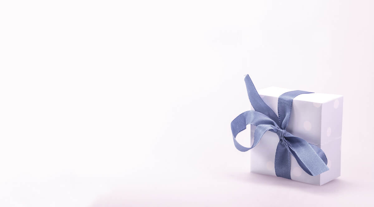 Solitary Gift Package